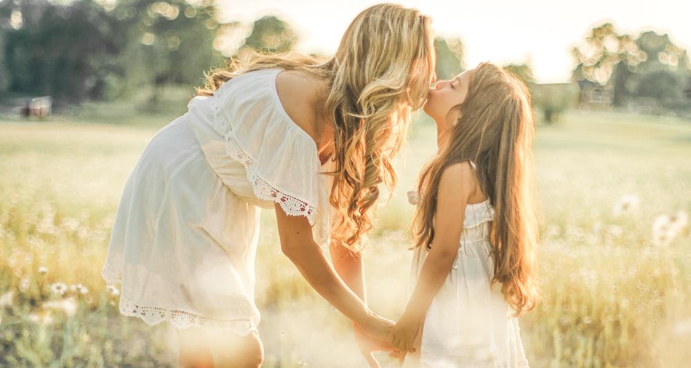 familjefoto-barnfoto-syskonfoto-familyshoot-summer-vasteras-izlaphotography-15