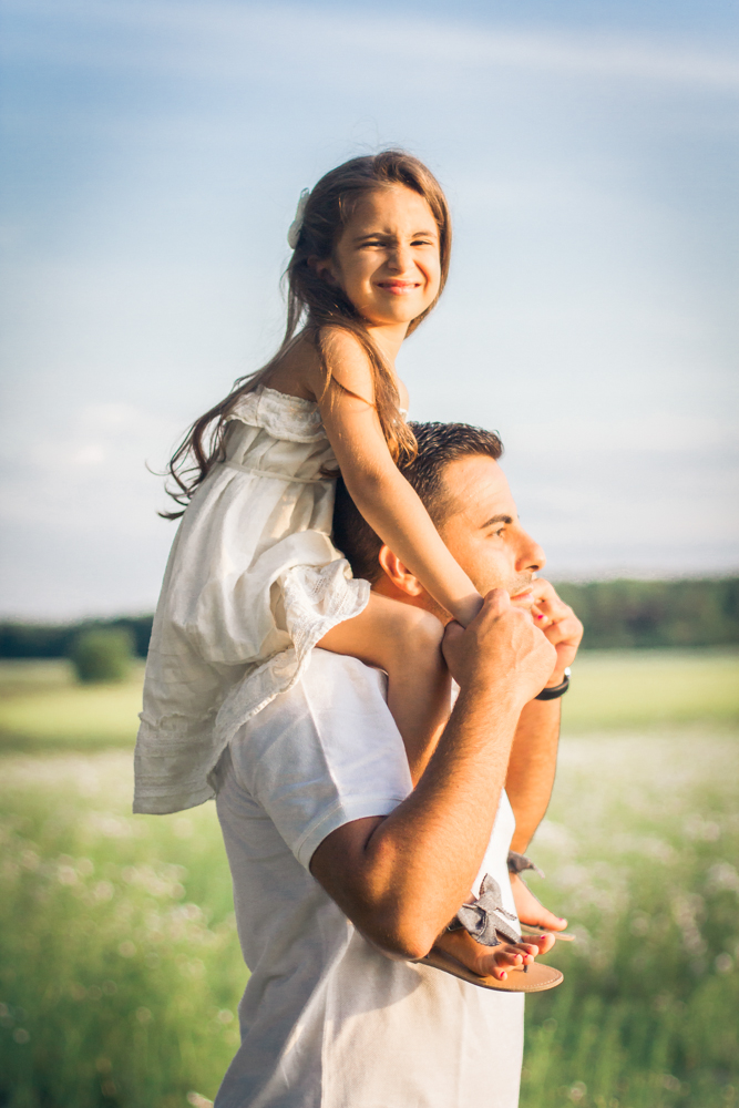 familjefoto-barnfoto-syskonfoto-familyshoot-summer-vasteras-izlaphotography-5