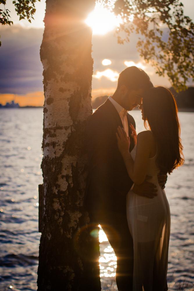 rc-forlovning-bilder-forlovningsbilder-vasteras-sommar-parbilder-25
