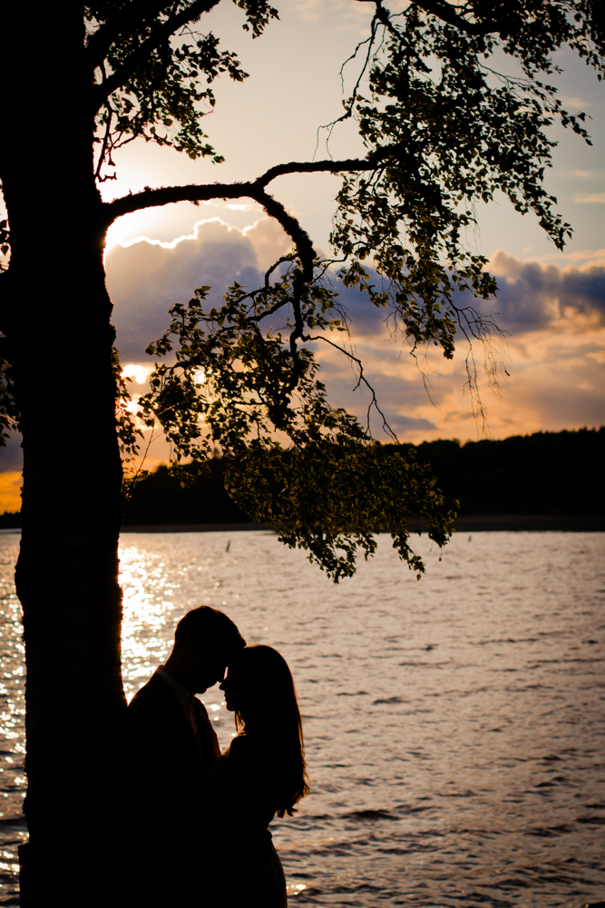 rc-forlovning-bilder-forlovningsbilder-vasteras-sommar-parbilder-29