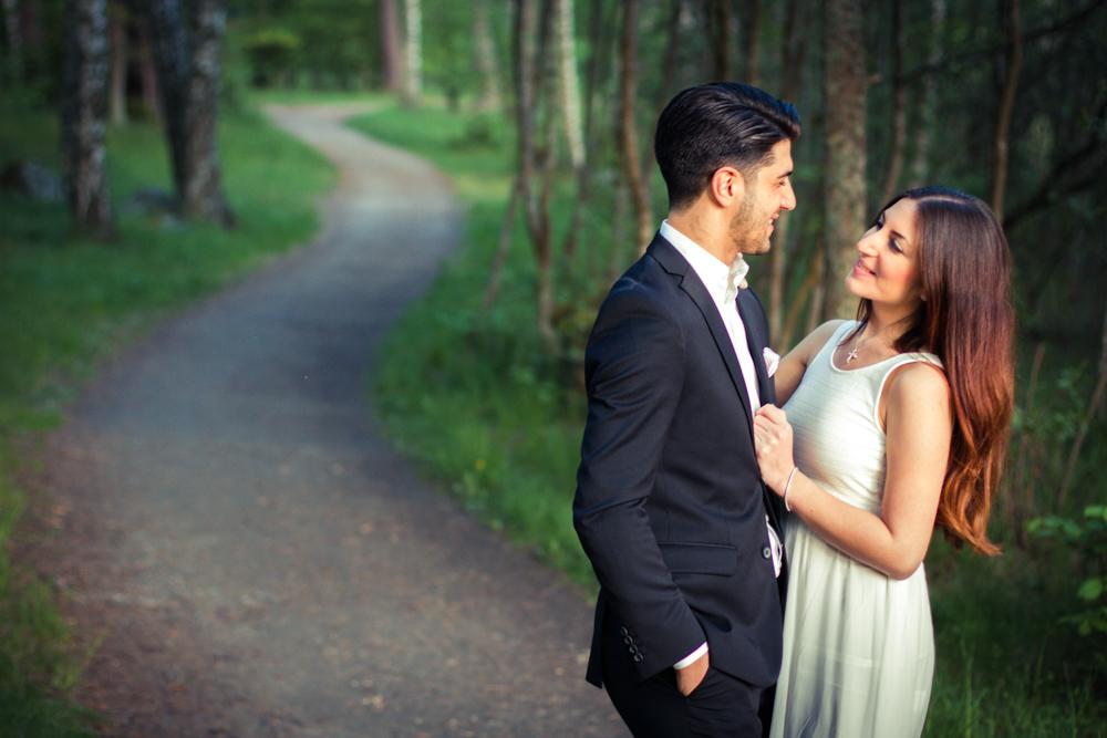 rc-forlovning-bilder-forlovningsbilder-vasteras-sommar-parbilder-34