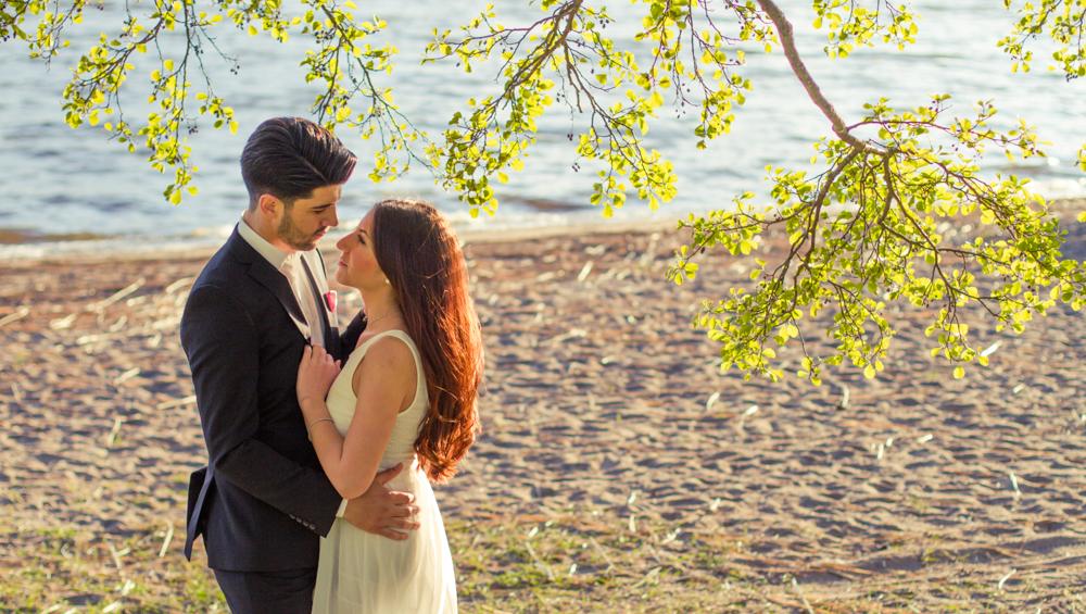 rc-forlovning-bilder-forlovningsbilder-vasteras-sommar-parbilder-9