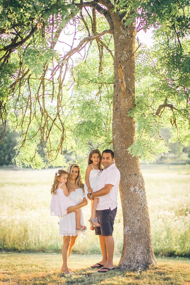familjefoto-barnfoto-syskonfoto-familyshoot-summer-vasteras-izlaphotography-2