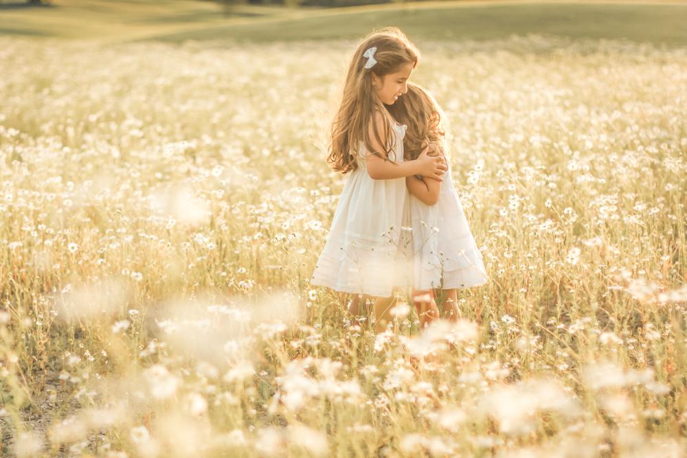 familjefoto-barnfoto-syskonfoto-familyshoot-summer-vasteras-izlaphotography-27
