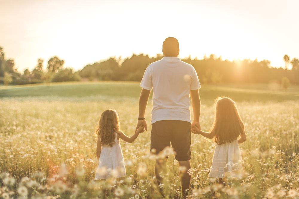 familjefoto-barnfoto-syskonfoto-familyshoot-summer-vasteras-izlaphotography-29