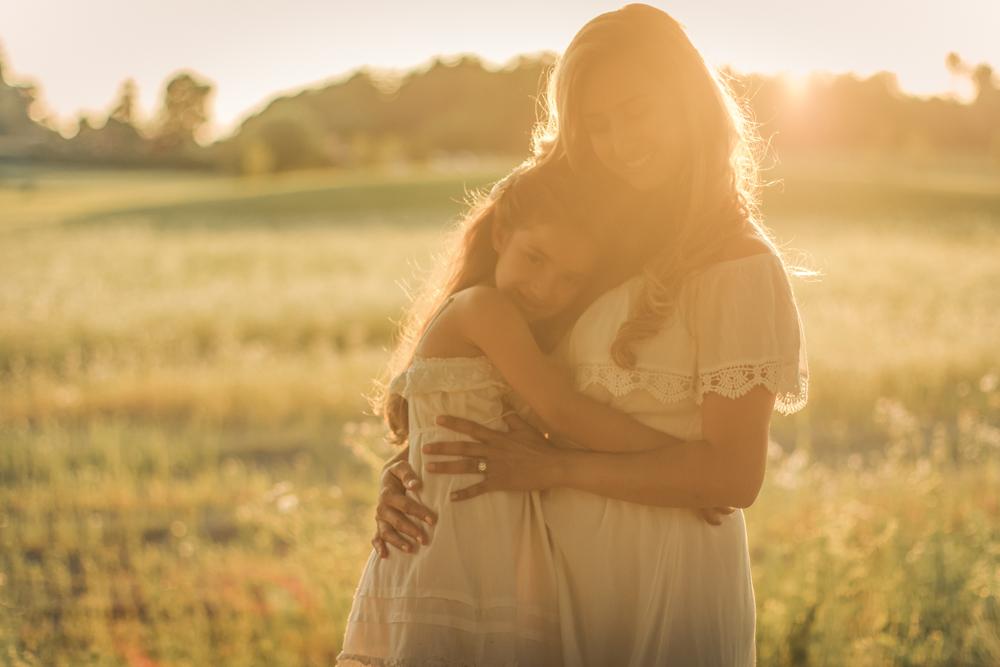 familjefoto-barnfoto-syskonfoto-familyshoot-summer-vasteras-izlaphotography-30