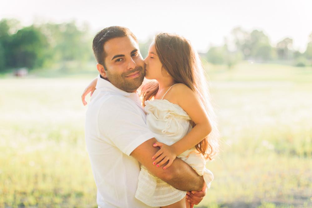 familjefoto-barnfoto-syskonfoto-familyshoot-summer-vasteras-izlaphotography-4