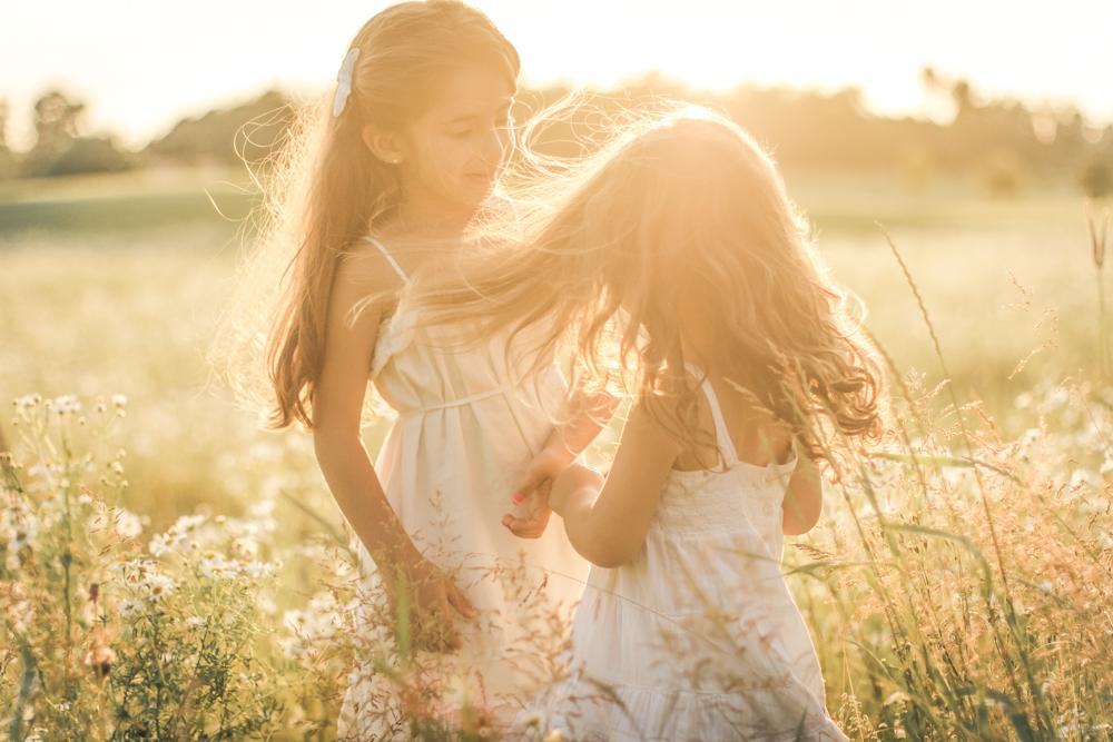 pe-familyshoot-sweden-familjefoto-barnfoto-familjebild-sommar-vasteras-91