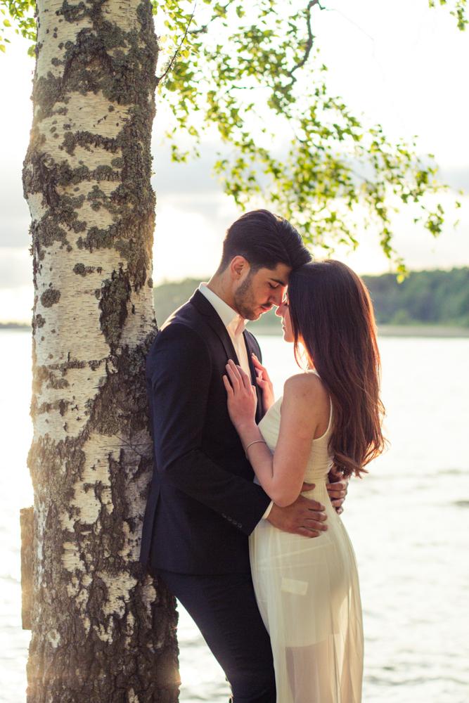 rc-forlovning-bilder-forlovningsbilder-vasteras-sommar-parbilder-26