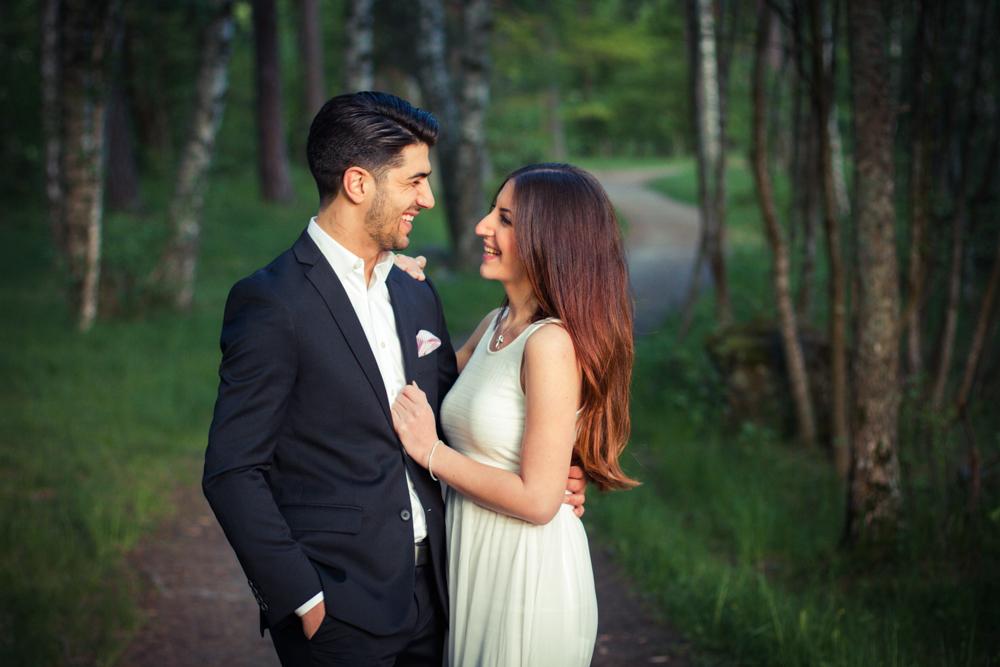 rc-forlovning-bilder-forlovningsbilder-vasteras-sommar-parbilder-32