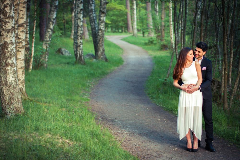 rc-forlovning-bilder-forlovningsbilder-vasteras-sommar-parbilder-37