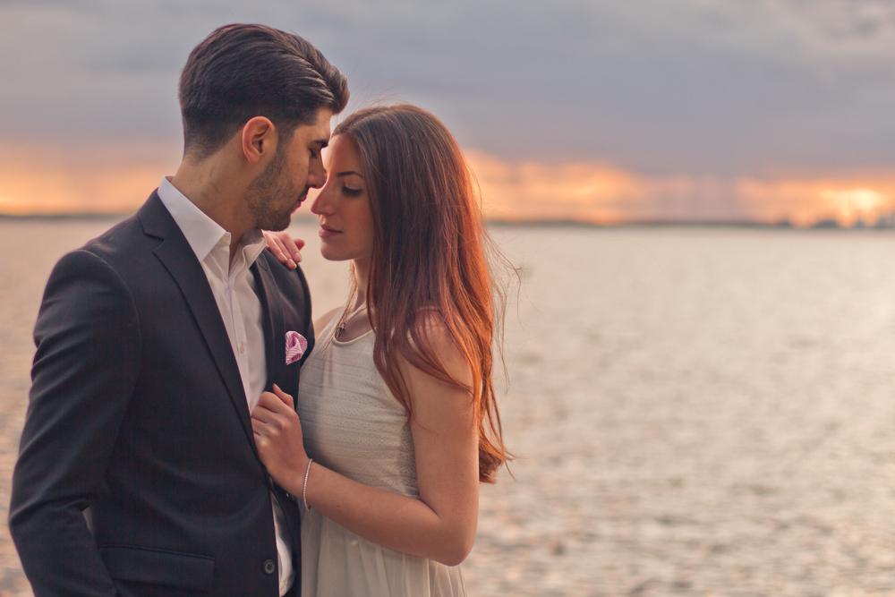 rc-forlovning-bilder-forlovningsbilder-vasteras-sommar-parbilder-43