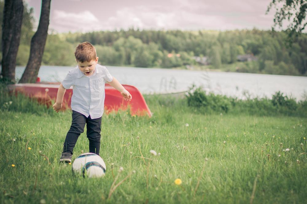 barnfoto-stockholm-sommar-children-shoot17