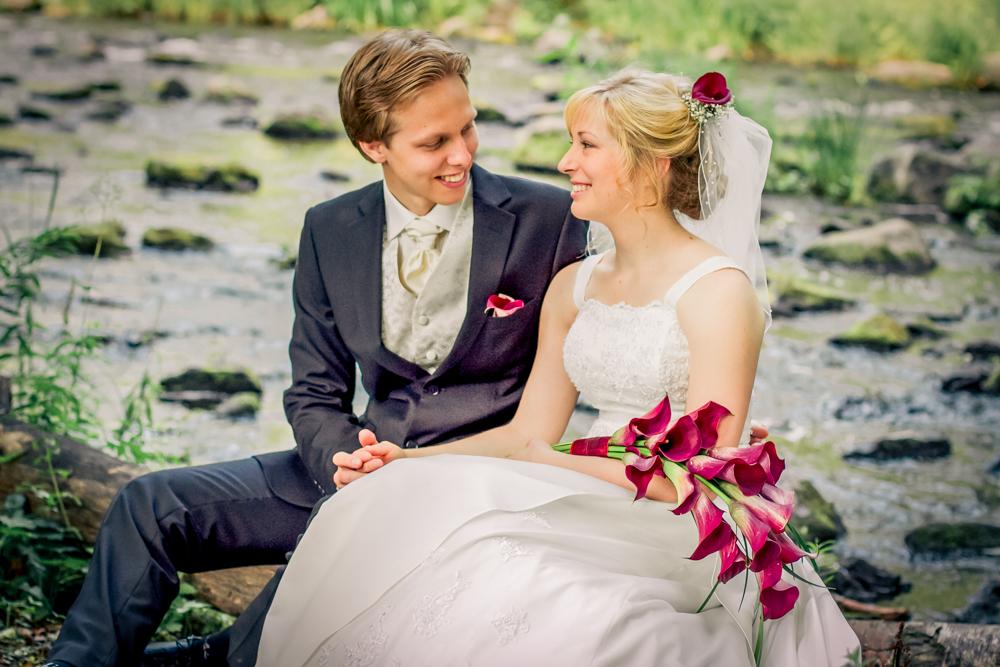 hj-brollopsbilder-brollop-wedding-orebro-hastar-14