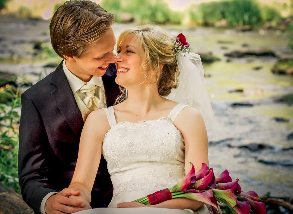 hj-brollopsbilder-brollop-wedding-orebro-hastar-15