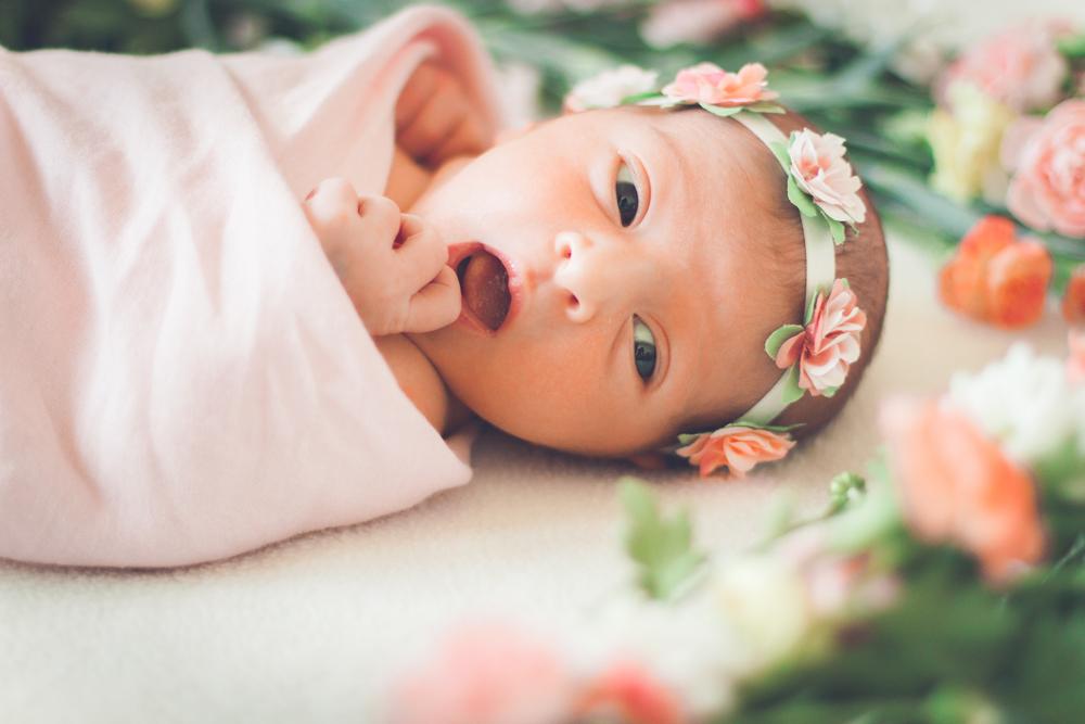 sophia-newborn-babyfoto-nyfo%cc%88dd-vasteras-izlaphotography-11